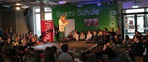 Das TONALI-Eröffnungskonzert bei Brecht mit der Geigerin Lara Boschkor